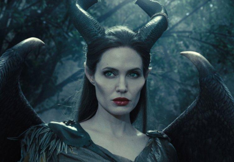 """Angelina Jolie als magische Fee in """"Maleficent"""" (2015) © Walt Disney"""