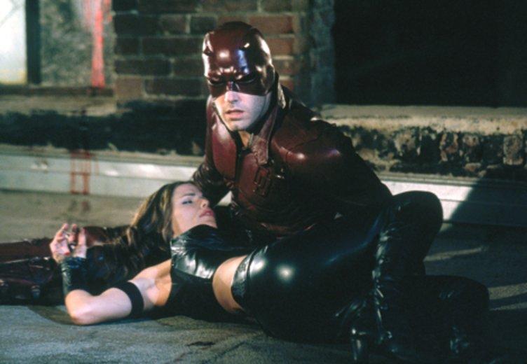 """Ben Affleck und Jennifer Garner in """"Daredevil"""": Sein Auftritt als Superheld machte Affleck zum Kassengift © Fox"""