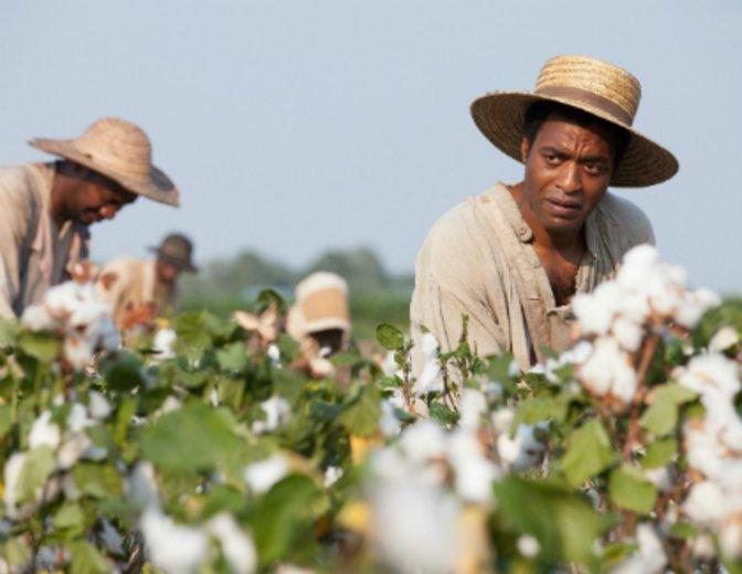 """Für seine ergreifende Darstellung in """"12 Years a Slave"""" (2013) erhält er einen Oscar-Nominierung © Universal / Tobis"""