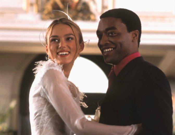 """Im Ensemble-Film """"Tatsächlich... Liebe"""" (2003) heiratet er Keira Knightley © Universal"""
