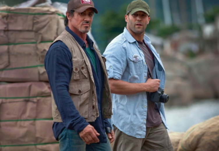 """Jason Statham neben Sylvester Stalone in """"he Expendables"""" (2010) © Splendid (Fox)"""