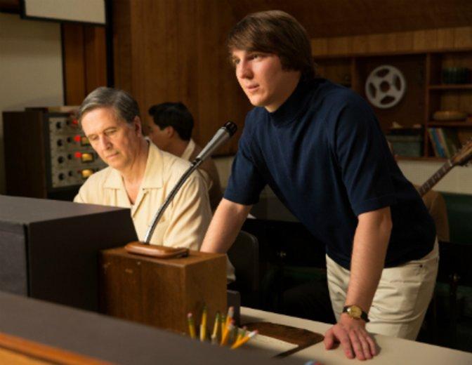 """Als junger Brian Wilson sucht er nach dem perfekten Sound in """"Love & Mercy"""" © Studiocanal"""