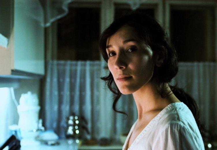 "Sibel Kekilli in einer berührenden performance in ""Die Fremde"" (2009) © Majestic (Fox)"