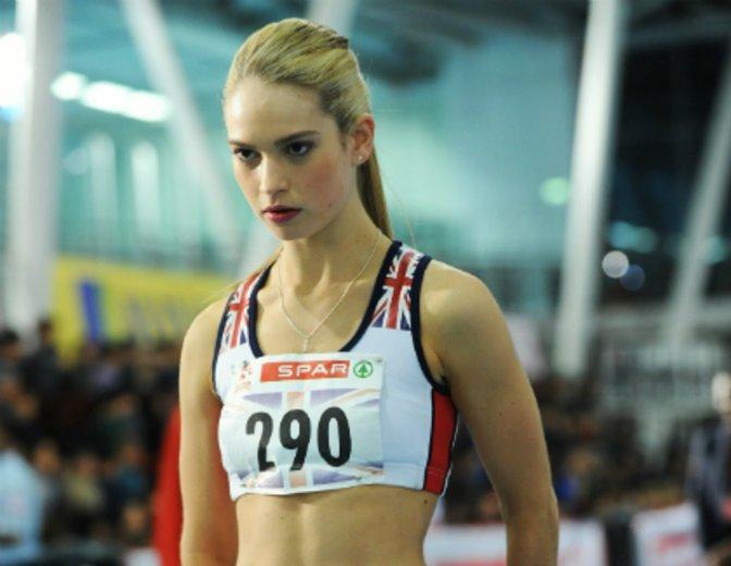 """Sprintet sich in die britischen Damen-Laufstaffel in """"Fast Girls"""" © Super RTL"""
