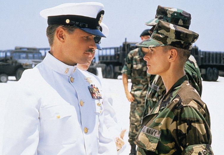 """Viggo Mortensen und Demi Moore in """"Die Akte Jane"""" (1997) © Buena Vista International"""