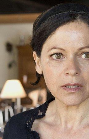 Angela Roy