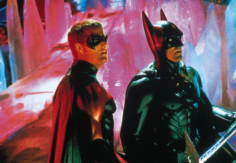 George Clooney als Batman: Ein Auftritt, den viele lieber vergessen würde. In Batman & Robin (1997) © Warner Bros.
