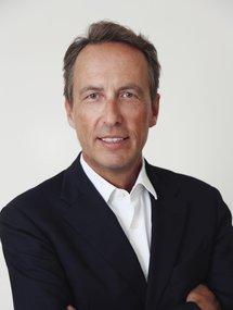 Dr. Carl Woebcken