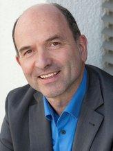 Dr. Manfred Hattendorf