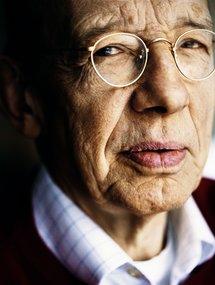 Prof. Hark Bohm
