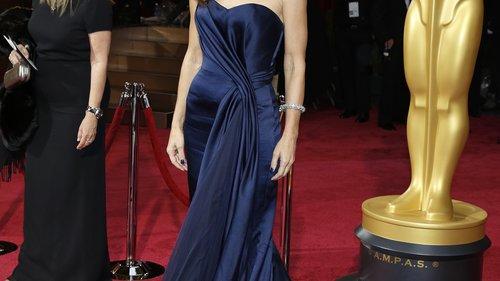 Sandra Bullock Schmerzhafte Schamhaar Frisur Zum Valentinstag Kino De