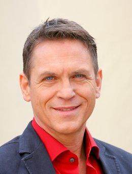 Tobias Hoesl