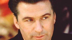 Baldwin und Travolta werden ungemütlich