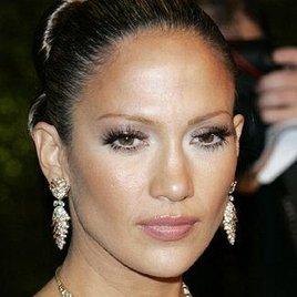 J.Lo mit künstlicher Befruchtung