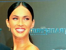 "Megan Fox stirbt nicht in ""Transformers 3"""