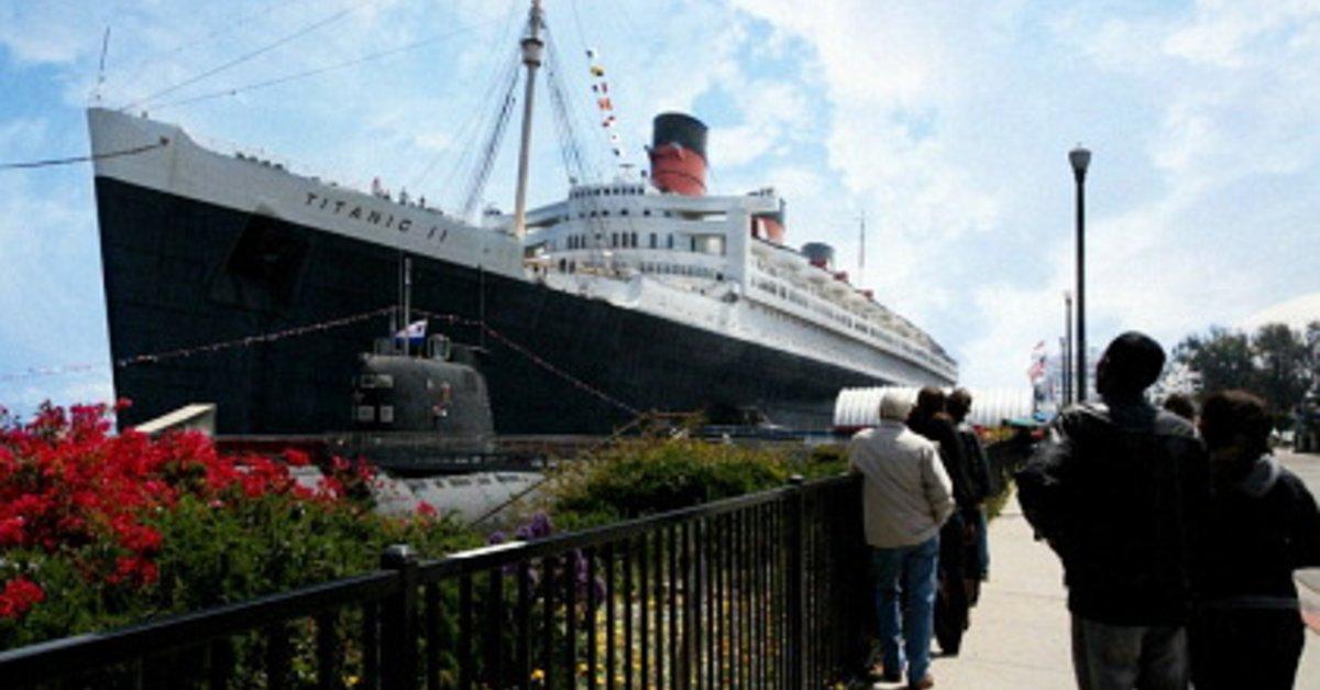 Titanic II es una película de 2010 de género catástrofe lanzada directa a DVD por el estudio The Asylum siendo estrenada el 24 de agosto de 2010 en los Estados