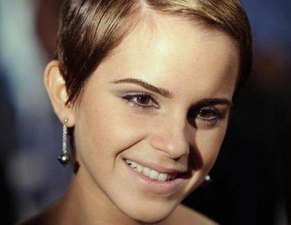 Emma Watson Trägt Frisur Des Jahres 2011 Kinode