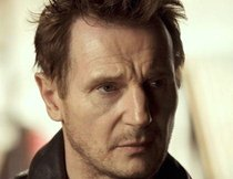 "Liam Neeson offiziell in ""The Dark Knight Rises"""