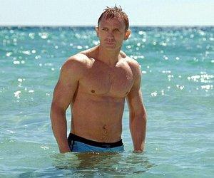 James Bonds Badehose für 55.000 € verkauft