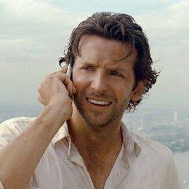 "Bradley Cooper mit Emma Stone in ""Deep Tiki"""