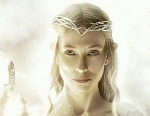 """Hobbit""-Star Cate Blanchett in Disneys ""Cinderella"""