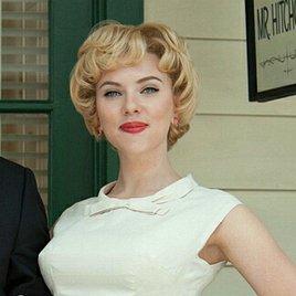 Scarlett Johansson wäscht sich mit Essig