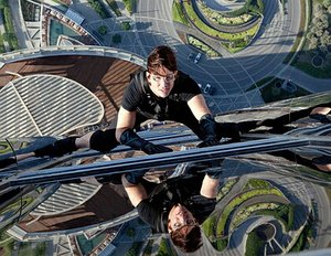 "Tom Cruise nimmt ""Mission: Impossible 5"" an"