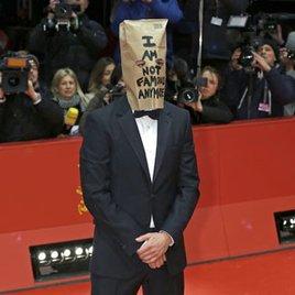 Shia LaBeouf spielt beleidigte Premierenwurst