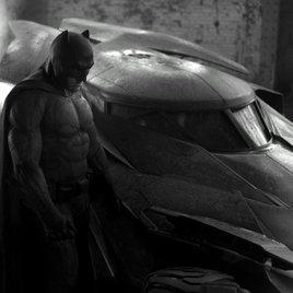 Erstes Foto von Ben Affleck im Batdress