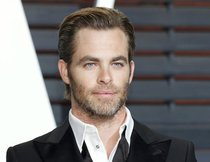 "Chris Pine flirtet mit ""Wonder Woman"""