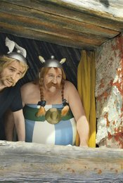 Astérix &amp&#x3B; Obélix contre César / Astérix et Obélix: Au service de Sa Majesté