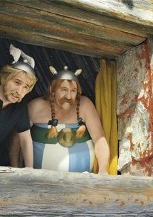Astérix & Obélix contre César / Astérix et Obélix: Au service de Sa Majesté