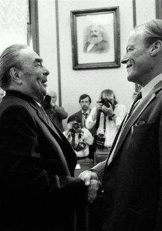 Der Kniefall des Kanzlers - Die zwei Leben des Willy Brandt Poster