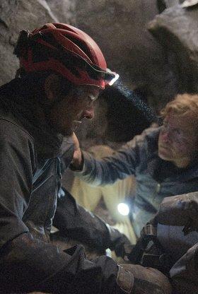 Die Bergretter: Gefangen im Dunkel
