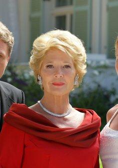 Die Frau Im Roten Kleid
