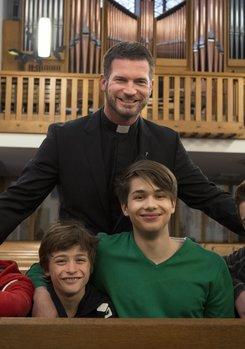 Herzensbrecher - Vater von vier Söhnen (2. Staffel, 12 Folgen)