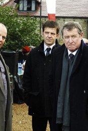 Inspector Barnaby: Mit Gift und Guillotine