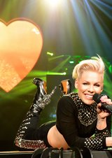 Pink - The Truth About Love Tour: Live from Melbourne