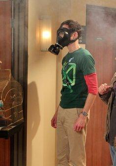 The Big Bang Theory (Season 04) Poster