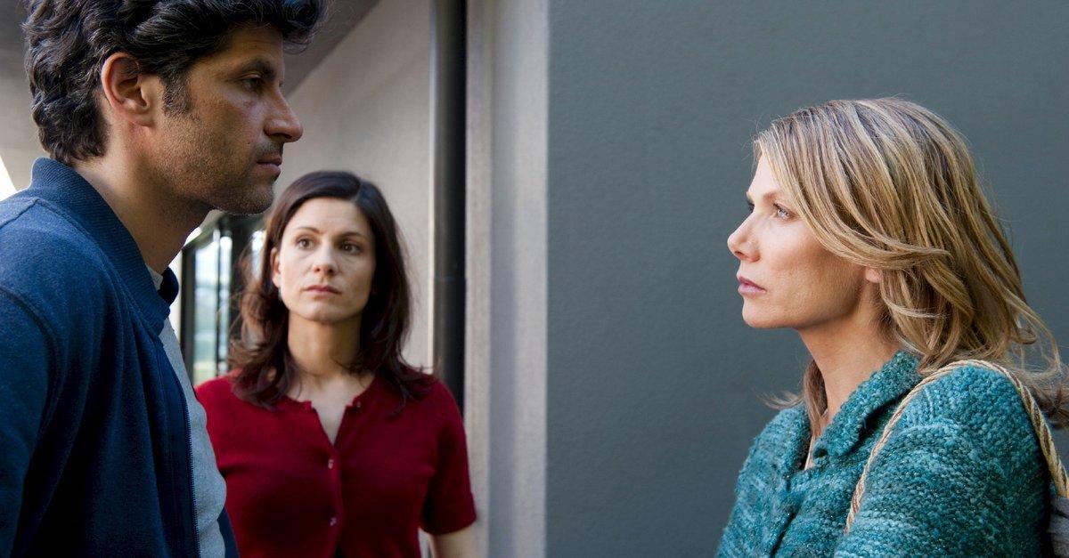 Wer liebt, lässt los Film (2012) · Trailer · Kritik · KINO.de