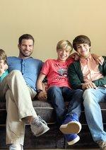 Herzensbrecher - Vater von vier Söhnen (1. Staffel, 10 Folgen) Poster