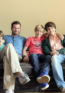 Herzensbrecher - Vater von vier Söhnen (1. Staffel, 10 Folgen)