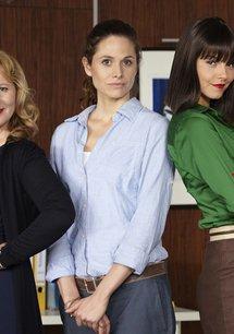 Sekretärinnen - Überleben von 9 bis 5 (1. Staffel, 8 Folgen)