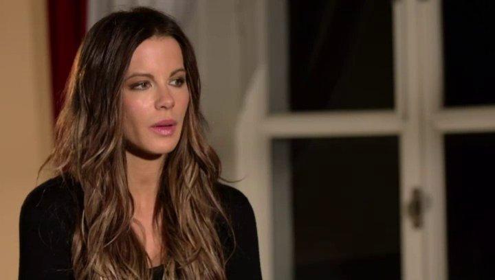 Kate Beckinsale - Simone - über die Beziehung zwischen Simone und Thomas - OV-Interview Poster