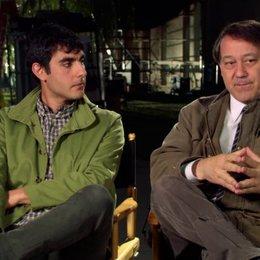 Gil Kenan und Sam Raimi darüber Spannung aufzubauen - OV-Interview Poster