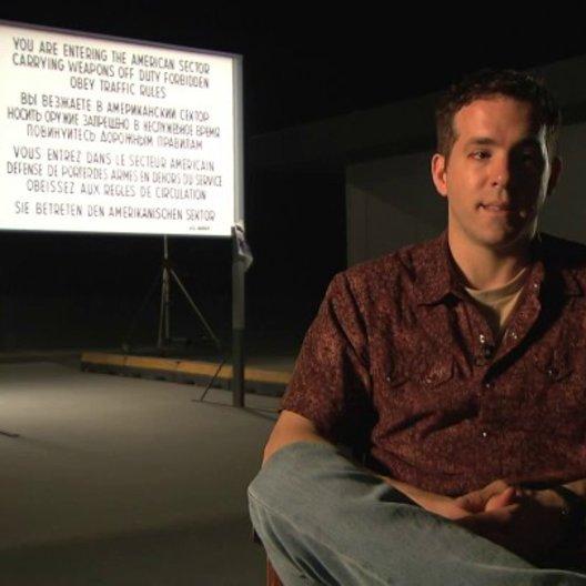 Ryan Reynolds über das was die Zuschauer erwarten können - Interview Poster