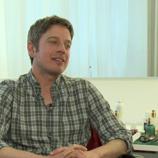 Frieder Wittich - Regisseur - über die Arbeit mit Christian Ulmen - Interview Poster