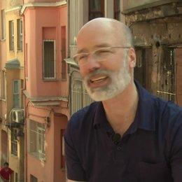 Jakob Claussen - Produzent - über den emotionalen Mehrwert des Films - Interview Poster