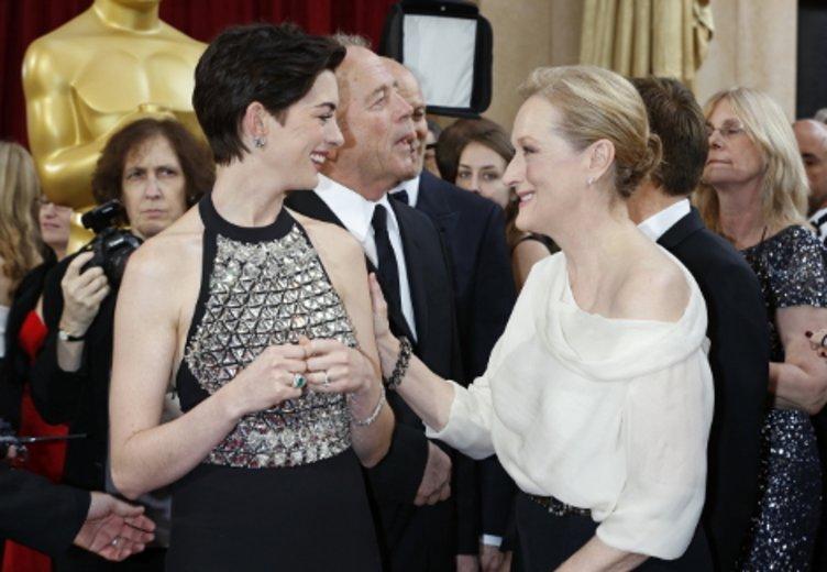 Anne Hathaway und Meryl Streep bei der Oscar-Verleihung 2014 © Kurt Krieger
