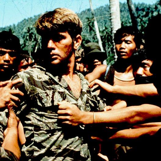 Apocalypse Now (BluRay-Trailer) Poster